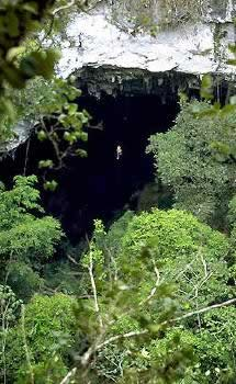 BelizeBlackHoleDrop