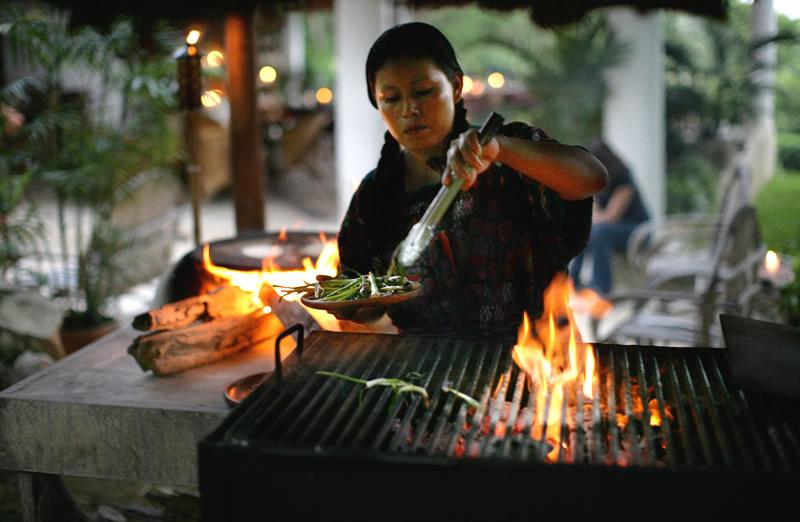 lalancha-bar-grill
