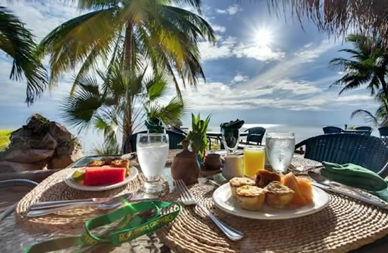 robertsgrove-beach-restaurant
