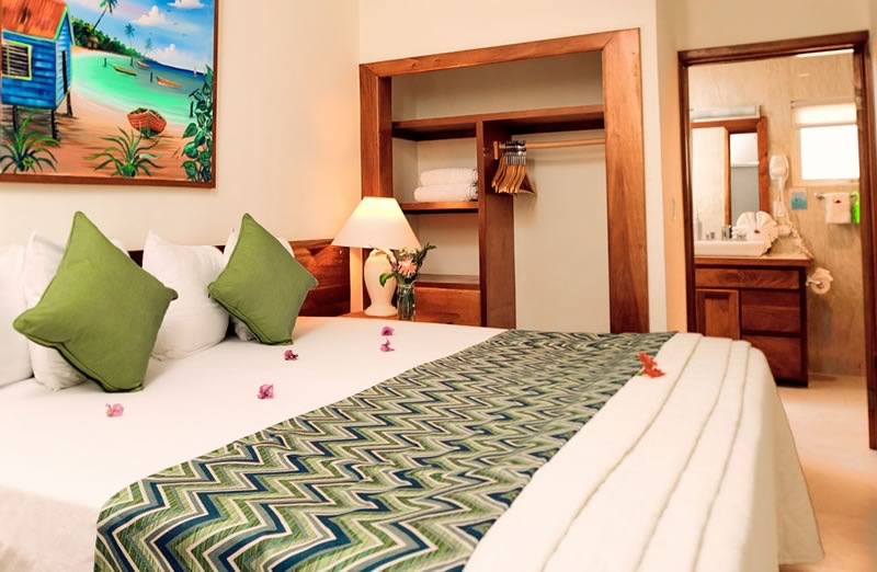 Sunbreeze Suite Bedroom